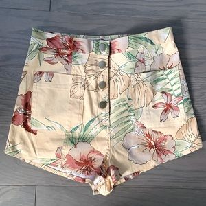 NEW Urban Outfitters Tropical High Rise Shorts